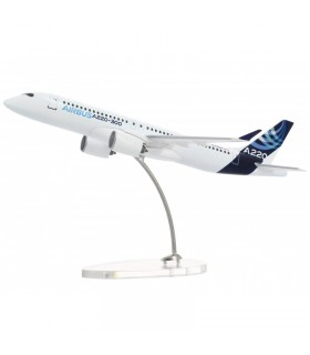 AIRBUS Maquette A220-300 1:200 SCALE MODEL